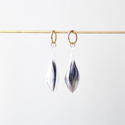 moca.arpeggio(モカ アルペジオ) / GFP-11 Feather フェザー グラス イヤリング(両耳タイプ) - ブルー