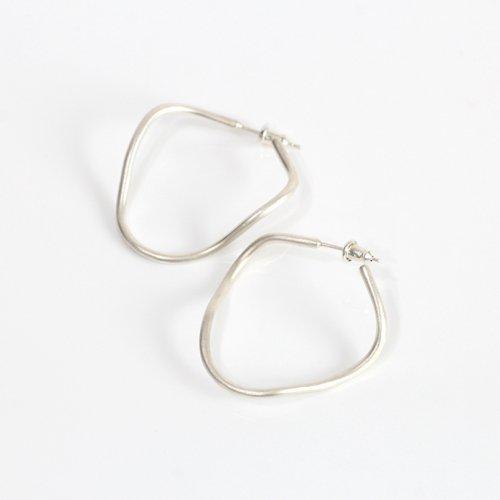 MIKU FUKAMITSU(ミク フカミツ) / 波のドローイング / ピアス / (シルバー  / silver925) (ペア)