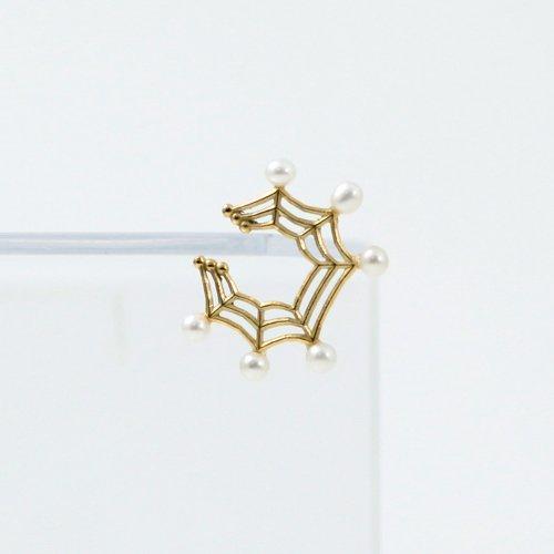 yum. (ヤム) / k18 ゴールド 蜘蛛の巣 ミニ イヤーカフ パール付き / Ec-05a-18c
