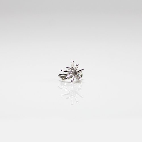 Lamie(ラミエ) / 00109E_spark_SS_SV / silver シルバー Spark イヤリング SS (片耳タイプ)