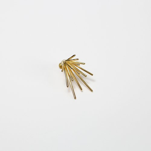 Lamie(ラミエ) / 00128E_down_M_GD / K18GP ゴールド Down Spark Gold イヤリングM (片耳タイプ)