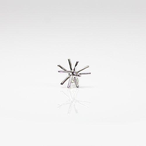 Lamie(ラミエ) / 00107P_spark_S_SV / silver シルバー Spark ピアスS (片耳タイプ)
