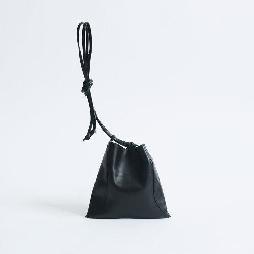 MARROW(マロウ) / MA-AC8106 / PILLOW-3 レザー巾着型ハンドバッグ - ブラック