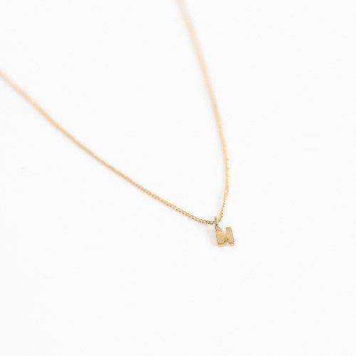 hirondelle et pepin(イロンデールエペパン) / k18 hn-20ss-536 イニシャル ネックレス / ゴールド