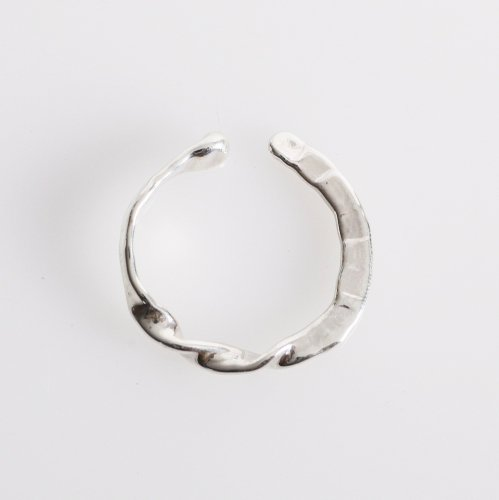 Luce macchia(ルーチェ マッキア) Luce macchia / onruch cuff / オンラッシュ カフ イヤーカフ(片耳タイプ)<img class='new_mark_img2' src='//img.shop-pro.jp/img/new/icons7.gif' style='border:none;display:inline;margin:0px;padding:0px;width:auto;' />