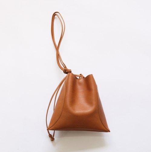 【完売】MARROW(マロウ) / MA-AC8106 / PILLOW-3 レザー 巾着型ハンドバッグ - ベージュ