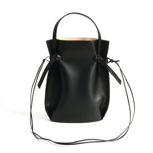 MARROW(マロウ) / MA-AC1101 / POUCH ハンドバッグ - BLACK<img class='new_mark_img2' src='https://img.shop-pro.jp/img/new/icons7.gif' style='border:none;display:inline;margin:0px;padding:0px;width:auto;' />