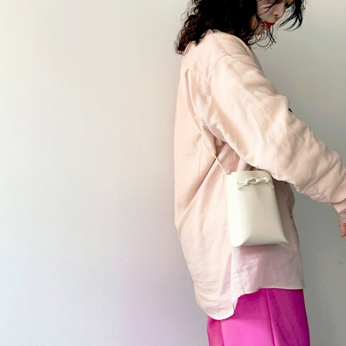 MARROW(マロウ) / MA-AC0103 / STRING POUCH -   IVORY<img class='new_mark_img2' src='https://img.shop-pro.jp/img/new/icons7.gif' style='border:none;display:inline;margin:0px;padding:0px;width:auto;' />
