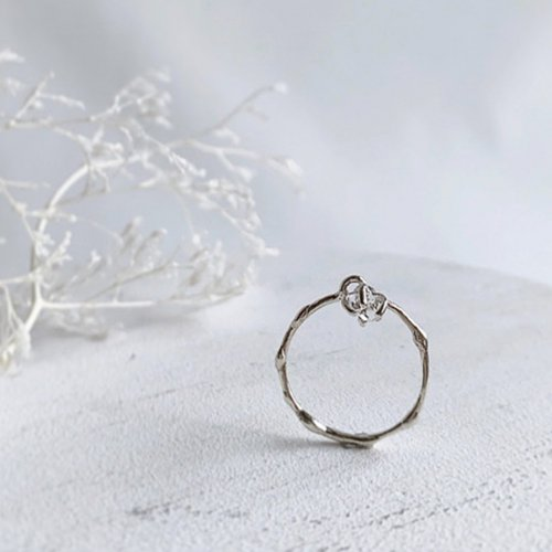 NOZOMI DESIGNS.(ノゾミデザイン) /  - Diamond / Sway Ring 1 - SV リング -シルバー<img class='new_mark_img2' src='https://img.shop-pro.jp/img/new/icons7.gif' style='border:none;display:inline;margin:0px;padding:0px;width:auto;' />