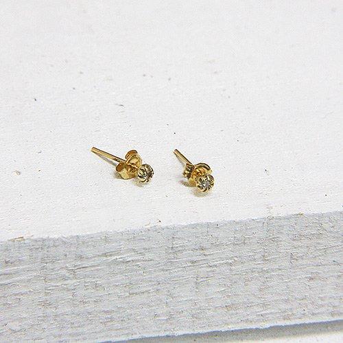 hirondelle et pepin(イロンデールエペパン) / k18 h-p-6-8-77 SSダイヤピアス(両耳タイプ)