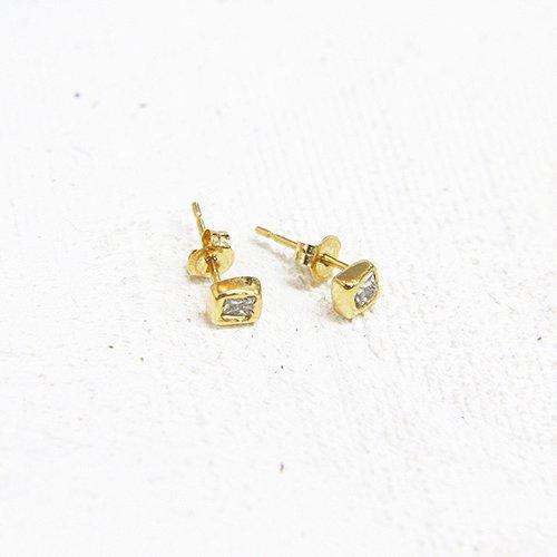 hirondelle et pepin(イロンデールエペパン) / k18 h-p-7-7-116 プリンセスダイヤピアス(両耳タイプ)