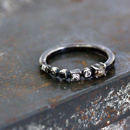 【廃番商品】hirondelle et pepin(イロンデールエペパン) / ar-55 マルチカラーダイヤリング