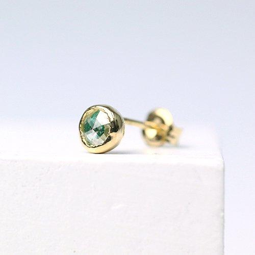 hirondelle et pepin(イロンデールエペパン) / k18 hp-385 レイヤーピアス (片耳タイプ) - エメラルド×ダイヤ