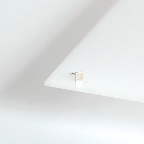 siki(シキ) / P10SV ダイヤピアス (片耳タイプ)