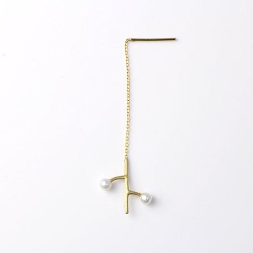 MINIMUMNUTS(ミニマムナッツ) / k18 twig 2パール ピアス S (片耳タイプ)