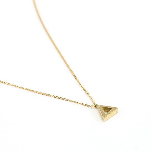 Ense(アンサ) / k18 三角ネックレス kna02
