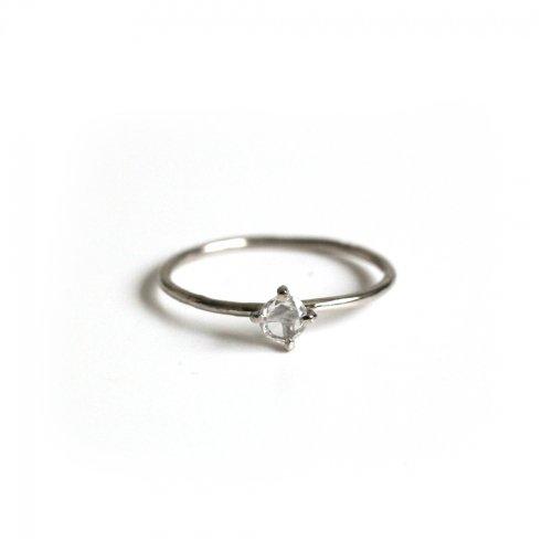 hirondelle et pepin(イロンデールエペパン) / pt900 pr-81 クロス留めローズカットダイヤ リング