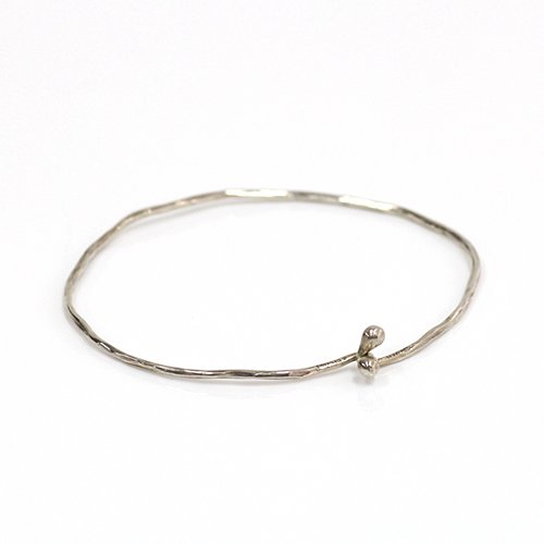 Perche? / silver tsuchime bangle/シルバー