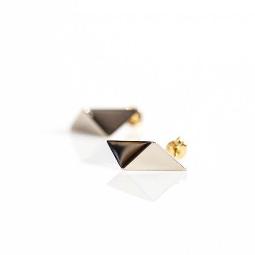 uM(ユーム) / um-fmP01_10WG k10 folding metal ピアス - ホワイトゴールド