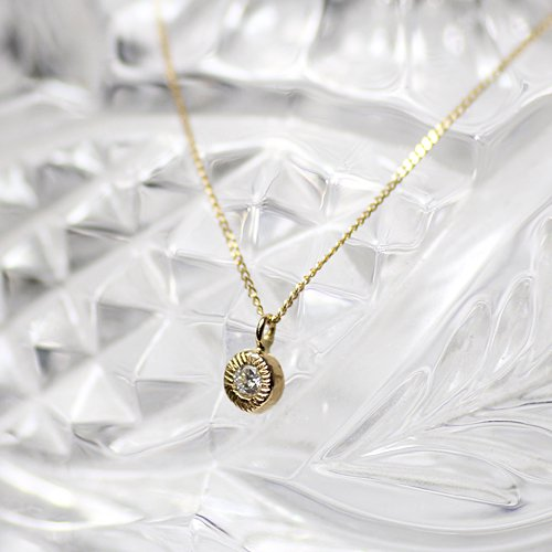 【廃番商品】hirondelle et pepin(イロンデールエペパン) / k18 hn-461 ギザギザふくりんダイヤネックレス