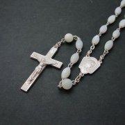 ヴィンテージロザリオ 聖母マリアとイエスキリスト ホワイトエナメル マザーオブパールビーズ