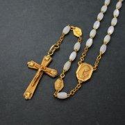 アンティーク ロザリオ マザーオブパールビーズ 聖母マリアとキリストのメダイパーツ ゴールドFIX