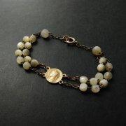 聖母マリアのメダイパーツ ブレスレット ゴールド マザーオブパール  アンティーク