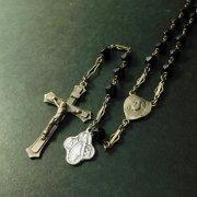 アンティーク ロザリオ ブラックカットビーズ  キリストと聖母のセンターメダイ