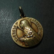 リジューのテレーズ 小さき花のテレジア アンティーク ゴールド メダイ シルバー
