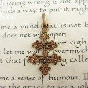 ゴールド ヴィンテージ ロレーヌクロス 十字架 透かし細工