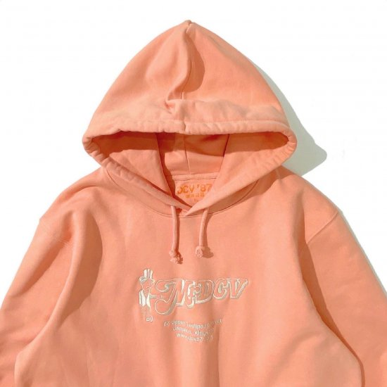 <img class='new_mark_img1' src='https://img.shop-pro.jp/img/new/icons1.gif' style='border:none;display:inline;margin:0px;padding:0px;width:auto;' />DCV '87 Mr DCV Hoodie