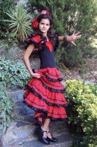 4段ボランテ 黒フリル子供用フラメンコドレス サイズ10