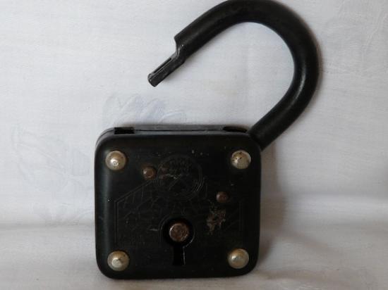 ヴィンテージの南京錠 3