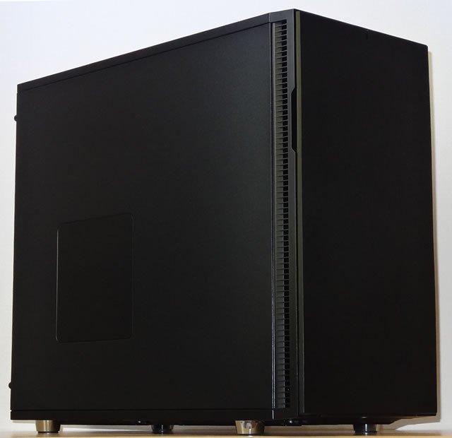 3569cb 32コア デュアルXEON GOLD搭載ワークステーション Quadro/SSD240G/3TB/ECC32GB/750W