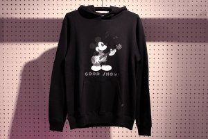 GOODENOUGH/グッドイナフ/【送料無料】/GOODENOUGH×DISNEY GOOD SHOW! HOODIE(LIMITED Ver.)/ミッキースウェットパーカー