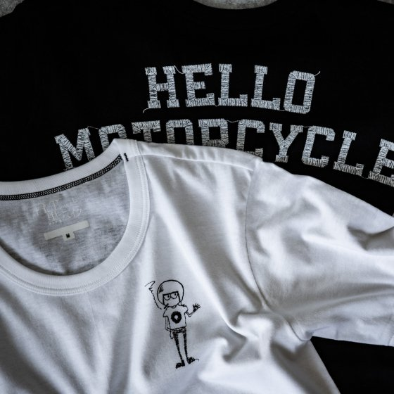 Hello Motorcycle Tee<img class='new_mark_img2' src='https://img.shop-pro.jp/img/new/icons4.gif' style='border:none;display:inline;margin:0px;padding:0px;width:auto;' />