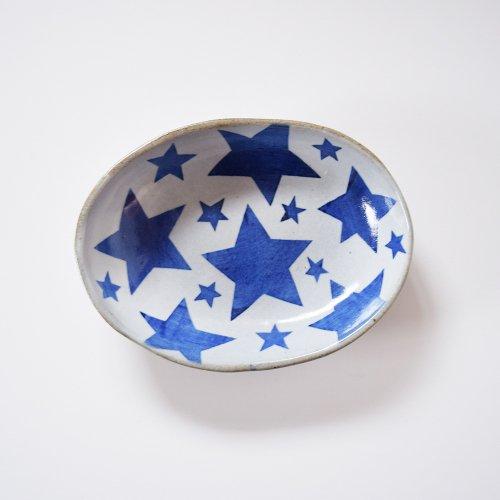 相澤かなえ 星の楕円鉢 白×青い星