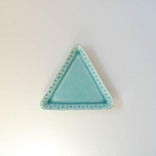 梶山友里 三角のプレート 水色