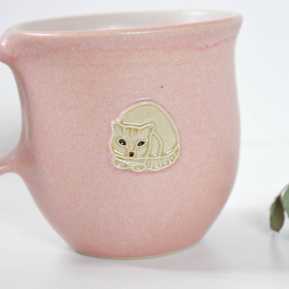 下永久美子 マグカップ おにぎり猫 白