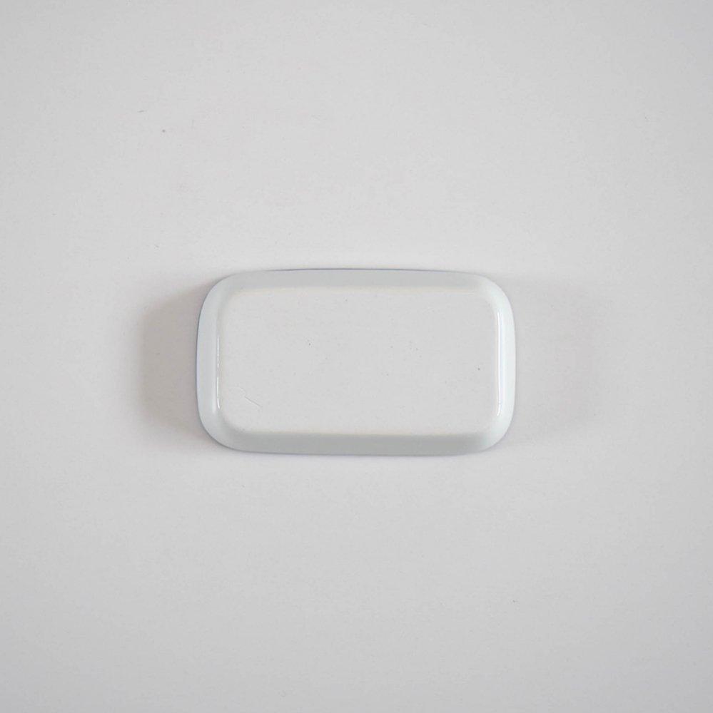 <img class='new_mark_img1' src='https://img.shop-pro.jp/img/new/icons1.gif' style='border:none;display:inline;margin:0px;padding:0px;width:auto;' />赤堀友美 トレイS Long 青縁