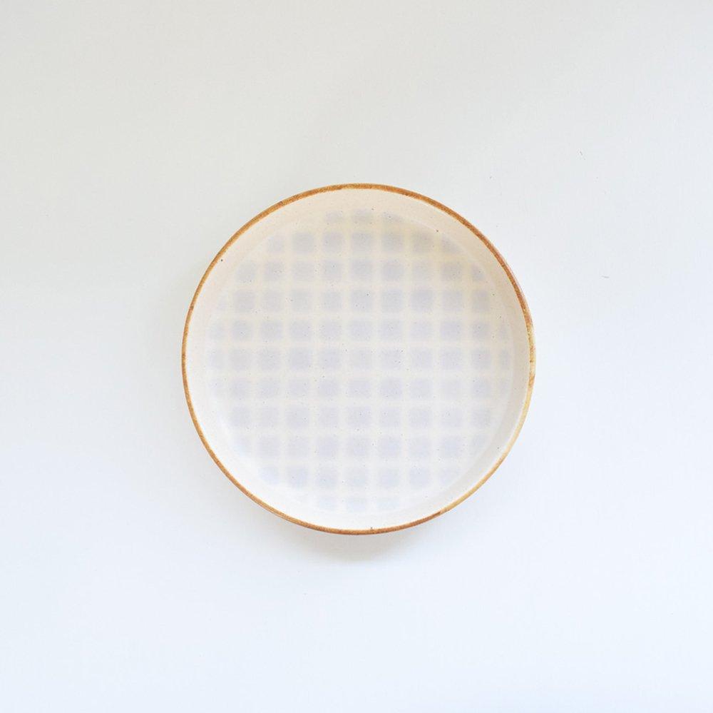 岡洋美 格子柄皿
