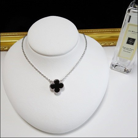 11/27〜順次発送 onyx clover necklace(シルバー)(13mm)
