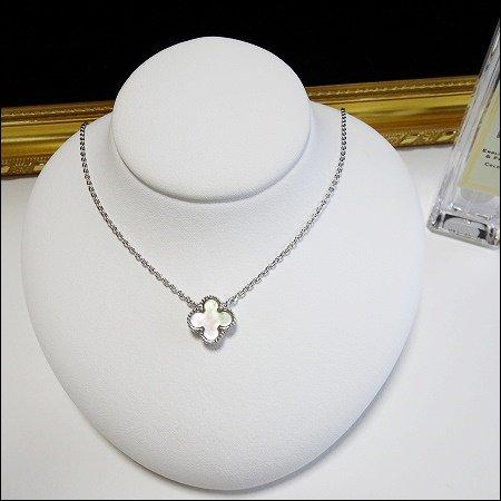 11/27〜順次発送 mother of pearl clover necklace(シルバー)(11mm)