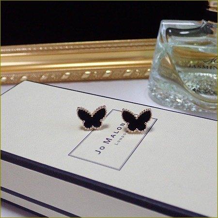 Onyx papillon pierce(ゴールド)