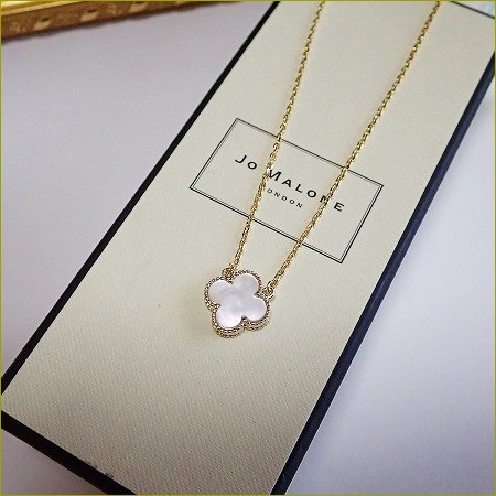 mother of pearl clover necklace(ゴー...