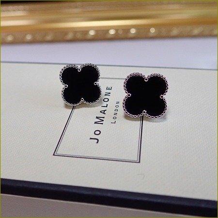5/17(水)再販開始!5/22(月)〜順次発送 clover onyx pierce&earring(大)(シルバー)
