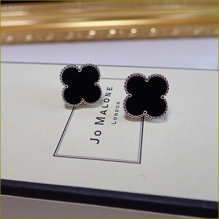9/21(木)再販開始  clover onyx pierce&earring(大)(シルバー)