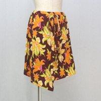ラップスカート風のオーバースカート Lily BR