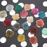 全18色! お花刺繍のブローチ