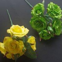 全2色 小さなバラ 5個付き